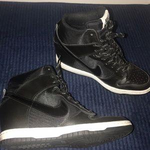 Nike Dunk Sky High Essential Casual shoes Sz 7